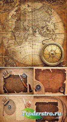 Старые бумаги и морские принадлежности