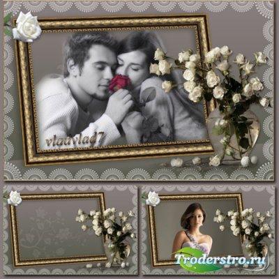 Романтическая фоторамка с розами - Портрет на столе