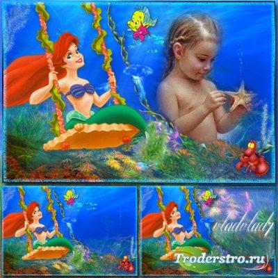 Детская рамка для фотошопа - Русалочка Ариэль на качелях