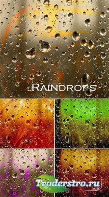 Капли дождя на разноцветных стеклах