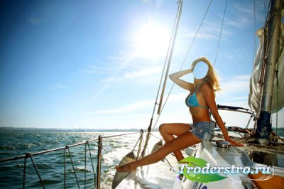 Шаблон для фотошоп - Блондинка на прогулке по воде