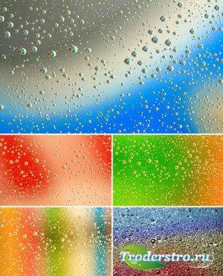 Капли на разноцветных стеклах