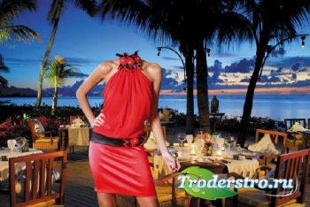 Шаблон для Photoshop - В ресторане на море - в красивом платье