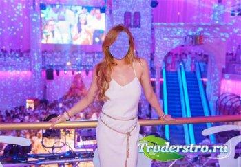 Photoshop шаблон - В белом платье в клубе